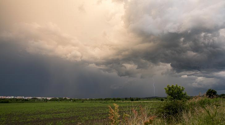vihar eső